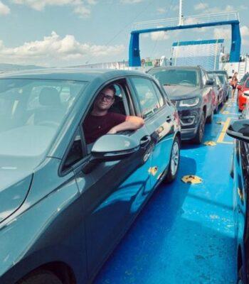 cruce en auto a sicilia ferry